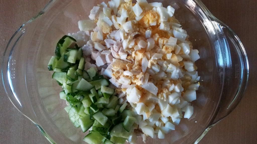 Салат из консервированных шампиньонов с фото